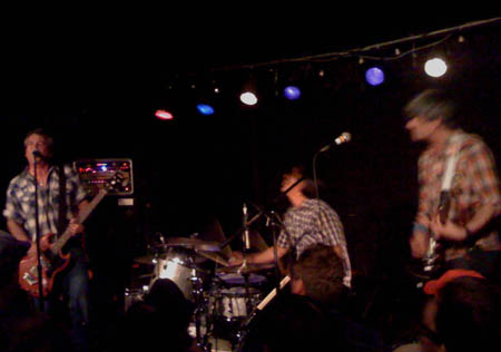 Mike Watt And The Missing Men