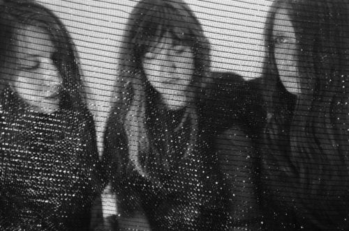 stream these :: Ganser + Beehive + Abdallah Ag Oumbadougou + Tinariwen + Old Smile + Weeping Icon + Bethlehem Steel + Sarah Pagé + Beeef + Oh Sees + Russian Baths + Isn't Ours + USGS